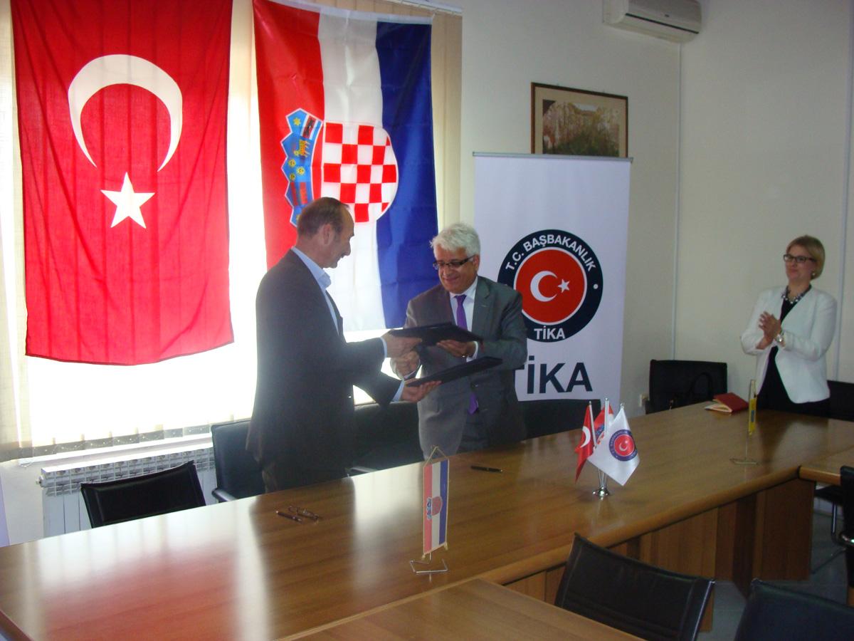 http://hrvatskifokus-2021.ga/wp-content/uploads/2016/08/DSC01369.jpg